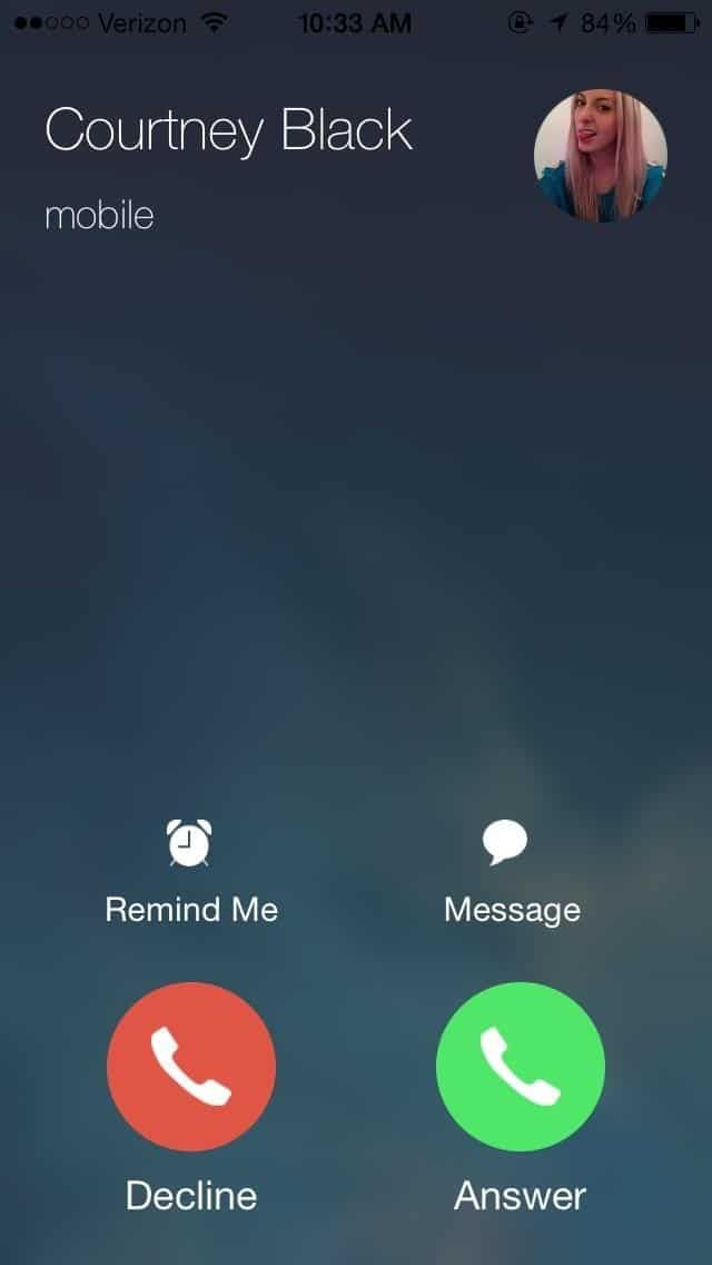 set a reminder for an incoming call on your iPhone