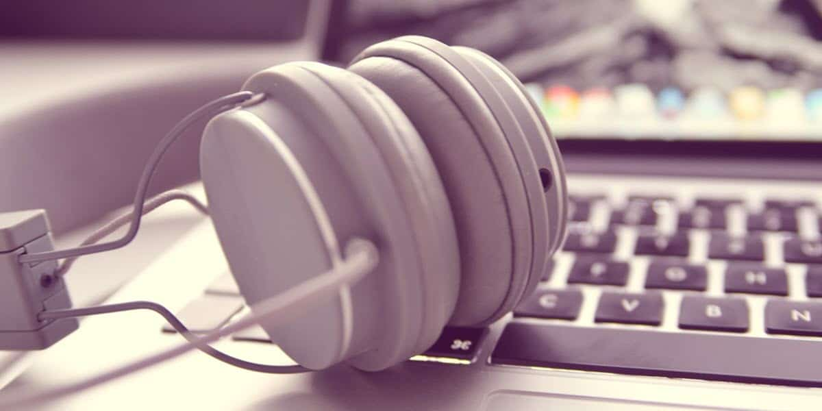 places to download music legally